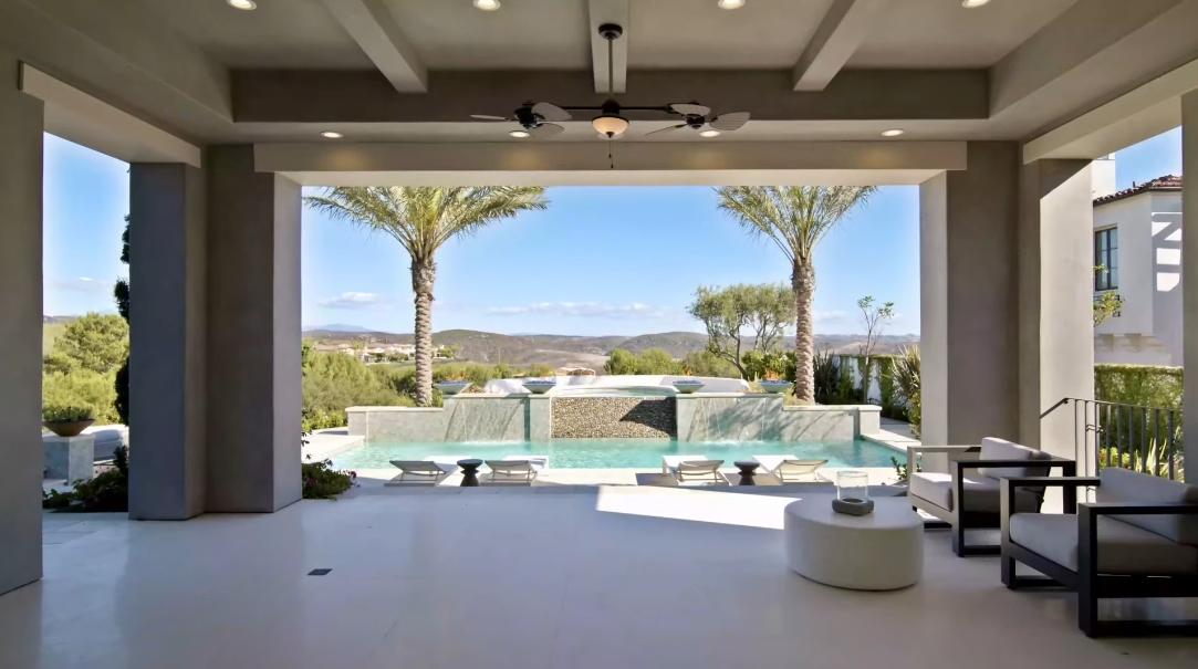 Tour 9 Coral Ridge Newport Coast CA vs. 43 Interior Design Photos