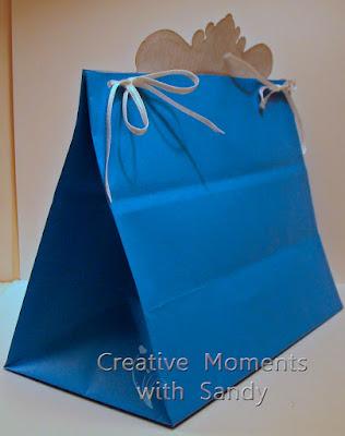 https://1.bp.blogspot.com/-l1Qk9fdv9vw/V9ANMjCZoII/AAAAAAAARMc/-p5zVF5QeT0NH6MQZvUGsf_ex7tP82SDACEw/s400/HFC-Poinsettia-Gift-Bag-4.jpg