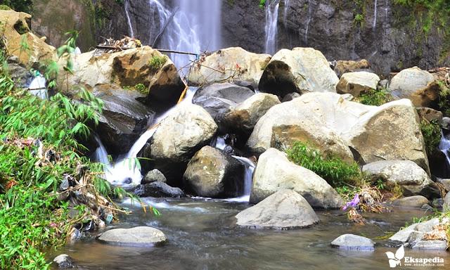 Arus Sungai Curug Silawe