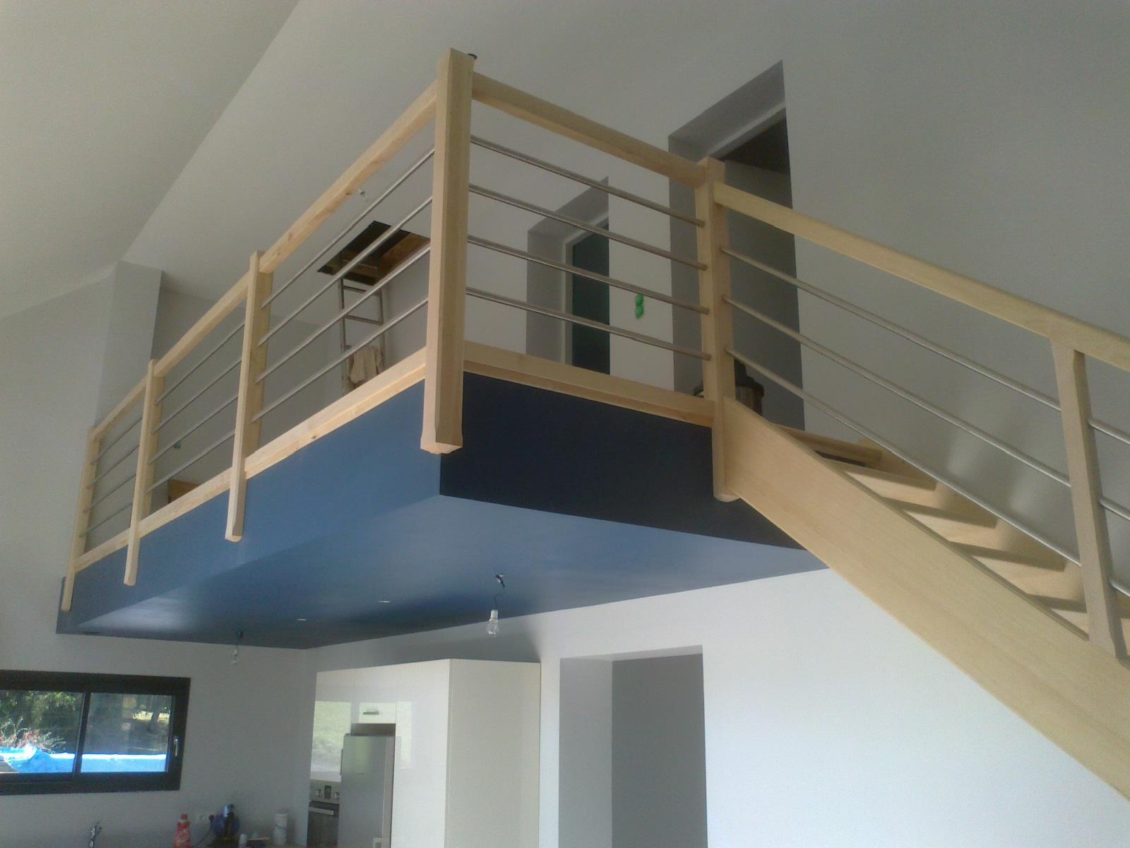 escaliersbois64800 escalier sans contre marche avec. Black Bedroom Furniture Sets. Home Design Ideas