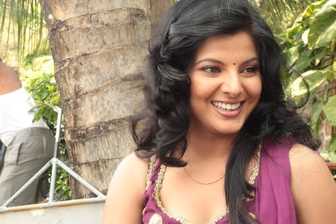Smriti Sinha Biography, Height, Weight, Age, Husband, Family And Many More