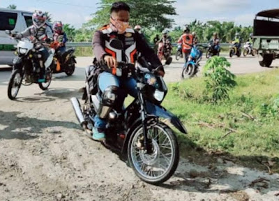 The Modern-Day Heroes on Two Wheels