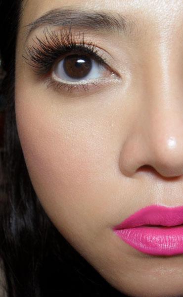 The Makeup Box Big Fat Bombshell Lashes Double Lash Demo