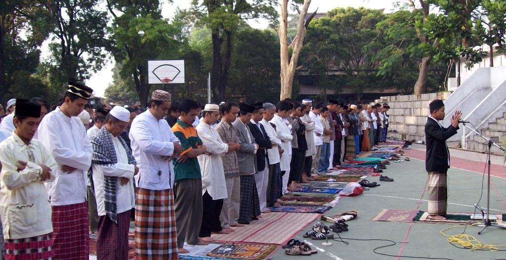 Lafadz Niat Sholat Idul Adha Lengkap Berserta Doa dalam