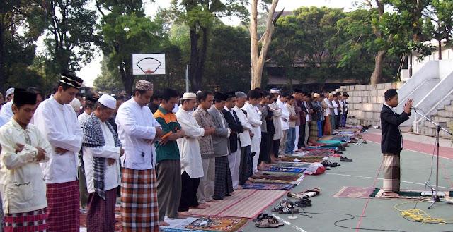 Lafadz Niat Sholat Idul Adha Lengkap Berserta Doa dalam Bahasa Arab dan Latin