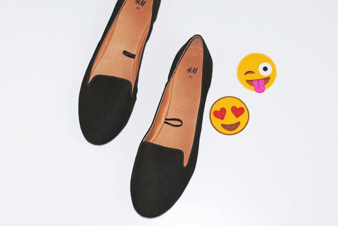 DIY Smiley Patch Shoes