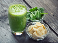 5 Reasons To Reach For A Green Smoothie To Fast Track Your Health