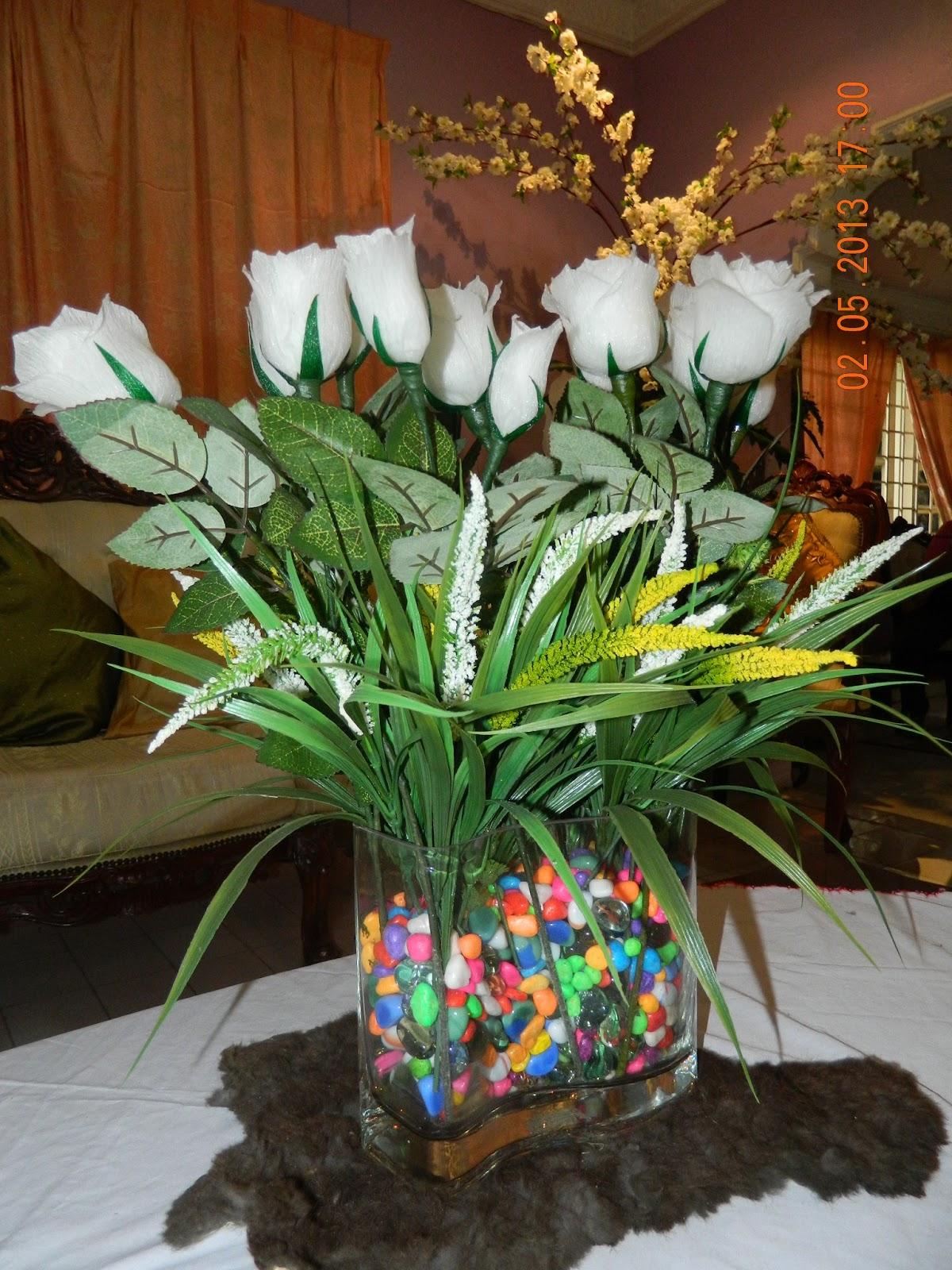 Gubahan Bunga Hiasan Dalam Rumah