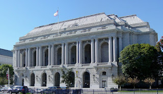 The War Memorial Opera House opened in 1932