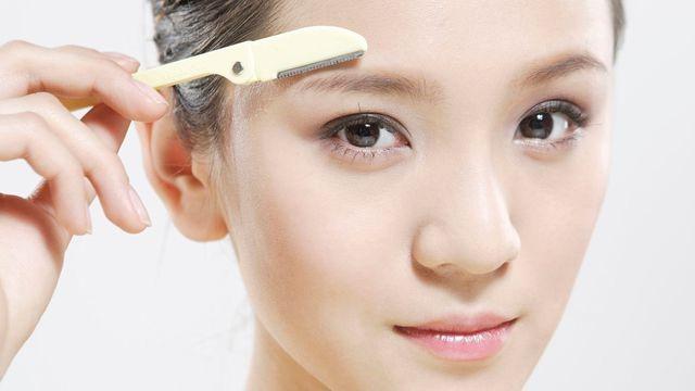 influenceuses - beauty addict - ce qu il faut savoir avant de se raser le visage - avis sur le rasage du visage
