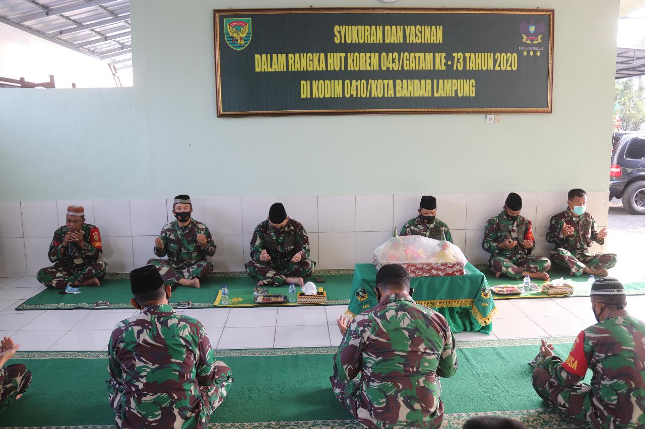 Kodim 0410/KBL mengadakan kegiatan Syukuran di Makodim 0410/KBL dalam Rangka Hari Ulang Tahun (HUT) Korem 043/Gatam ke-73