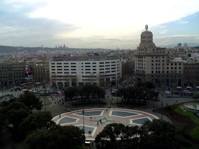 www.viajaportodoelmundo.com   Plaza Catalunya Barcelona España