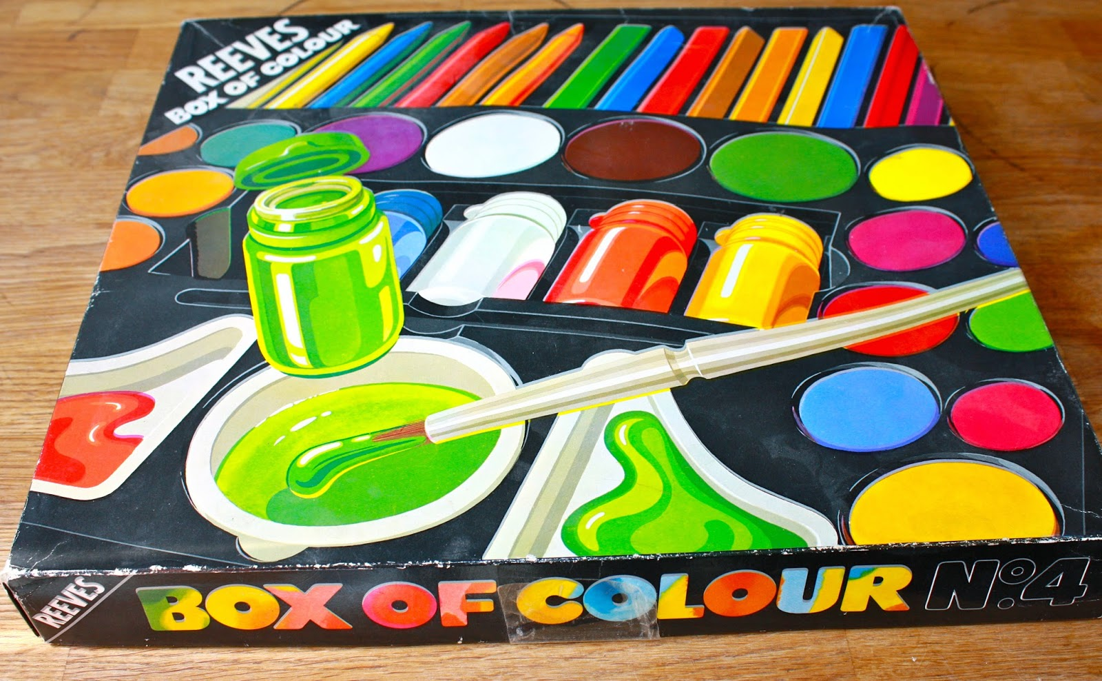 1980s kids paint box