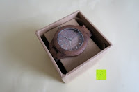 oben: Holz Armbanduhr 360° Nut