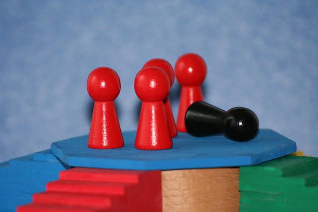 『ヨブ記』で三人の友人がヨブに諭した因果応報の内容まとめ