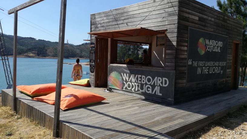 Wakerboard na Praia Fluvial do Trizio