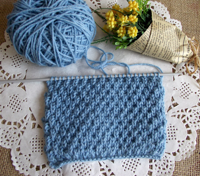 Learn this lovely knitting stitch, is FREE!