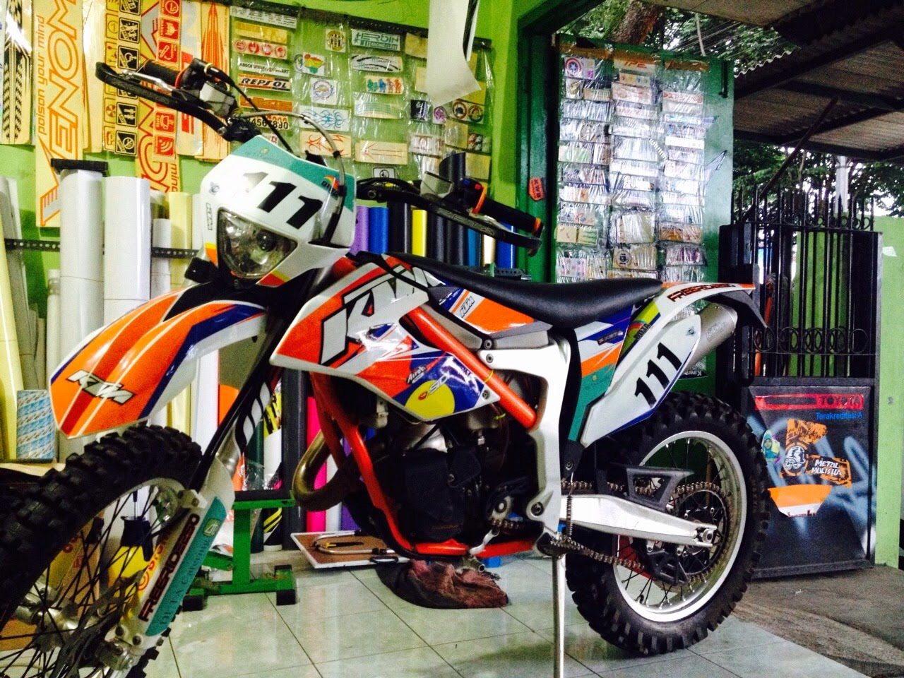 Indonesian dirt bike idb