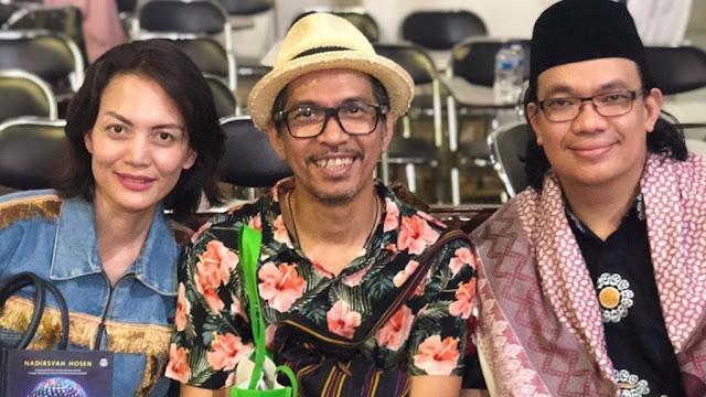 Banyak Musisi Mendadak Ngaji, Gitaris Slank Sarankan Selektif Pilih Ustadz