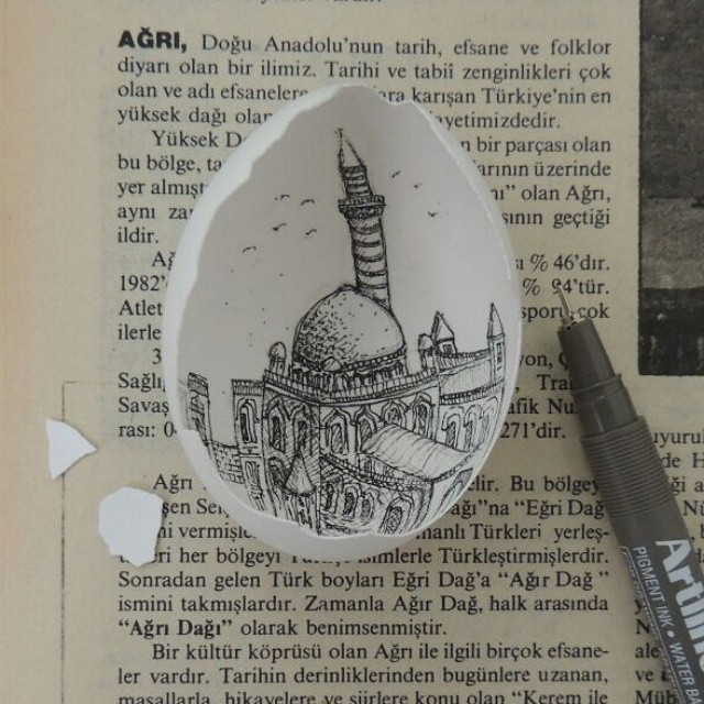 14-Hak-Paşa-Palace-Süreyya-Noyan-Architecture-Drawings-Art-Paintings-in-an-Egg-www-designstack-co