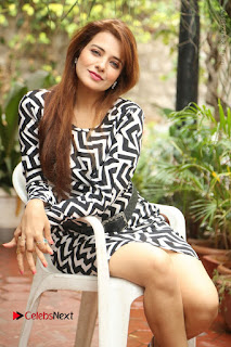 Actress Saloni Latest Pos in Short Dress  0226.JPG