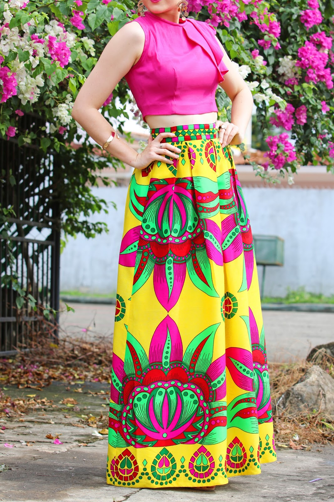 Beautiful set of Paruma skirt and crop top by Tilú, Panama