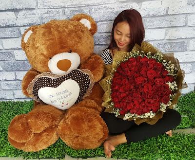 toko bunga valentine surabaya, jual bunga mawar valentine surabaya, harga bunga valentine surabaya