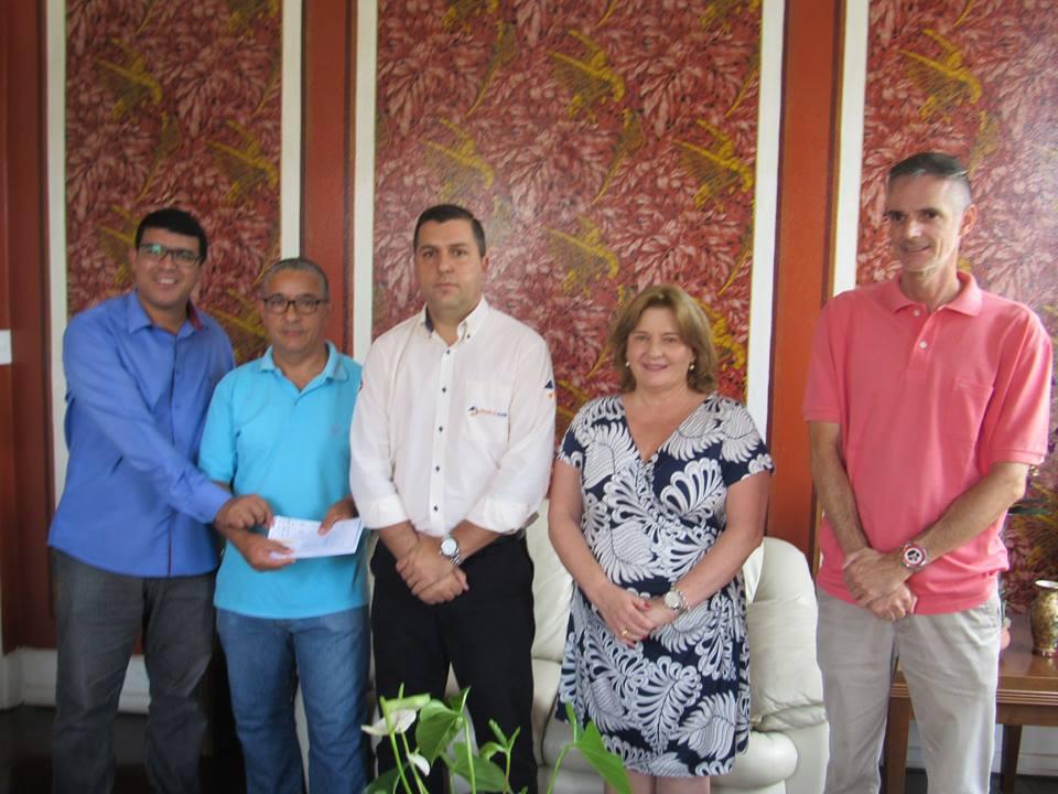 Câmara devolve R$ 259 mil reais á prefeitura e sugere repartir o dinheiro entre o hospital e entidades
