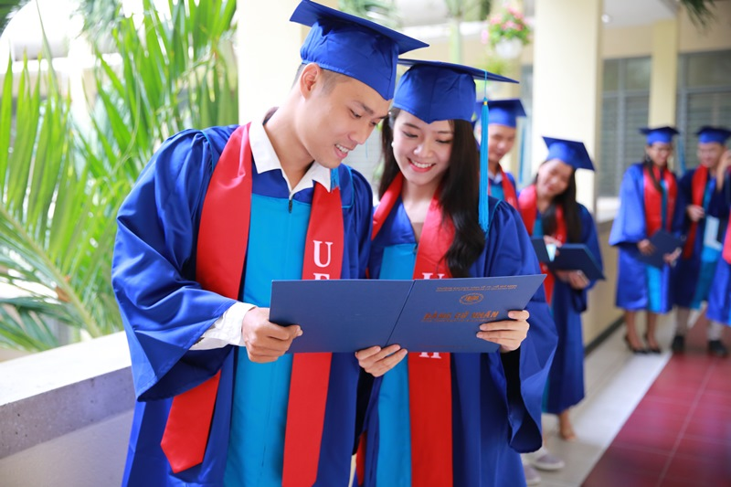 Sinh viên trường HEH - Hình 4
