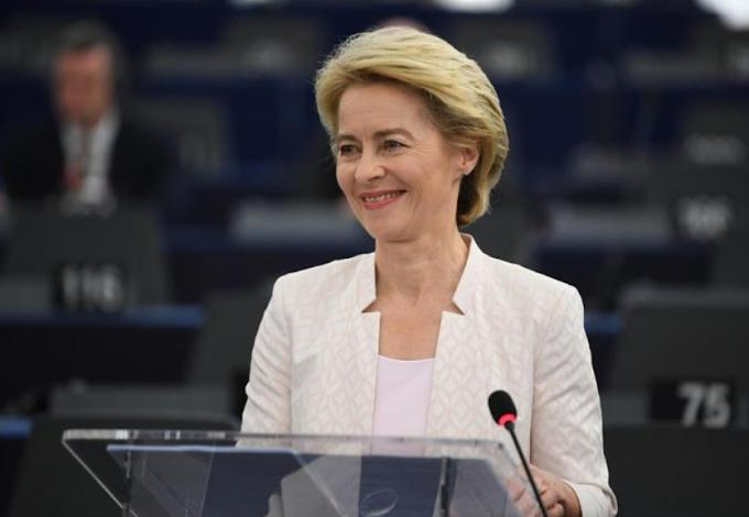 """Ue, Von der Leyen: """"Subito fondi Sure a Italia, Spagna e Polonia"""""""