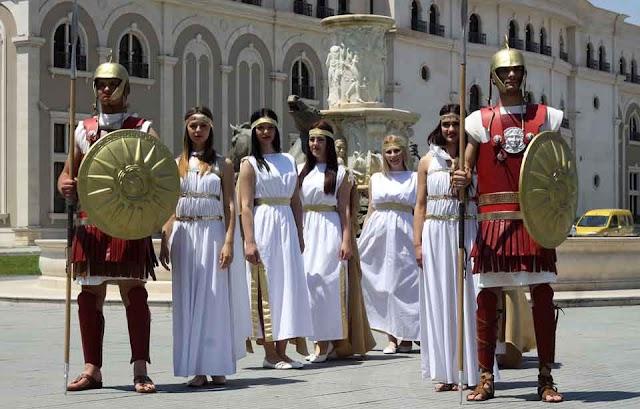 """Neuer Bürgermeister schafft """"Touristen Wache"""" in Skopje ab"""