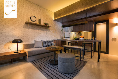 Living Room menyatu dengan ruang keluarga, ruang makan plus dapur