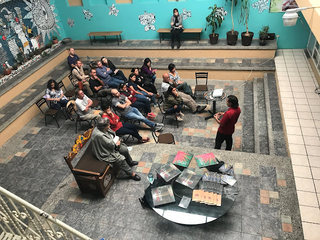 Los Mayas y la Atlántida. Conferencia en Casa Eterna de Puebla, México. Gracias a los asistentes al evento, a Casa Eterna por organizar la presentación y a Leticia Ugalde por las fotografías. Conoce mis libros en este enlace: https://chicosanchez.com/tienda?olsPage=t%2Flibros