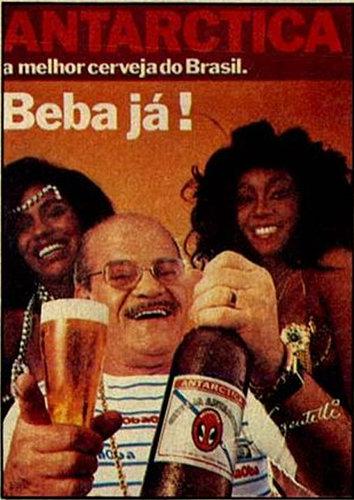 Propaganda da Cerveja Antártica com Sargentelli e suas mulatas. Veiculada em 1984 durante o carnaval.
