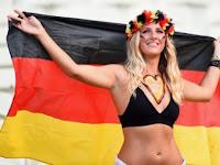 16 Model Jerman Paling Cantik dan Terseksi