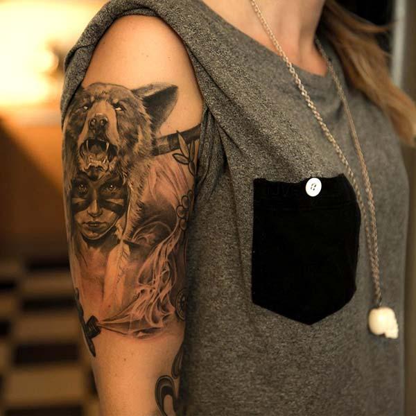 kızılderili kadın ve ayı dövmesi kol bayan