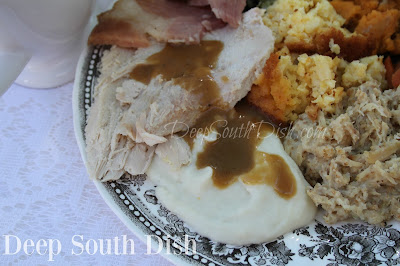 Make Ahead Turkey Gravy - a flavorful gravy, made ahead from roasted turkey wings or legs.