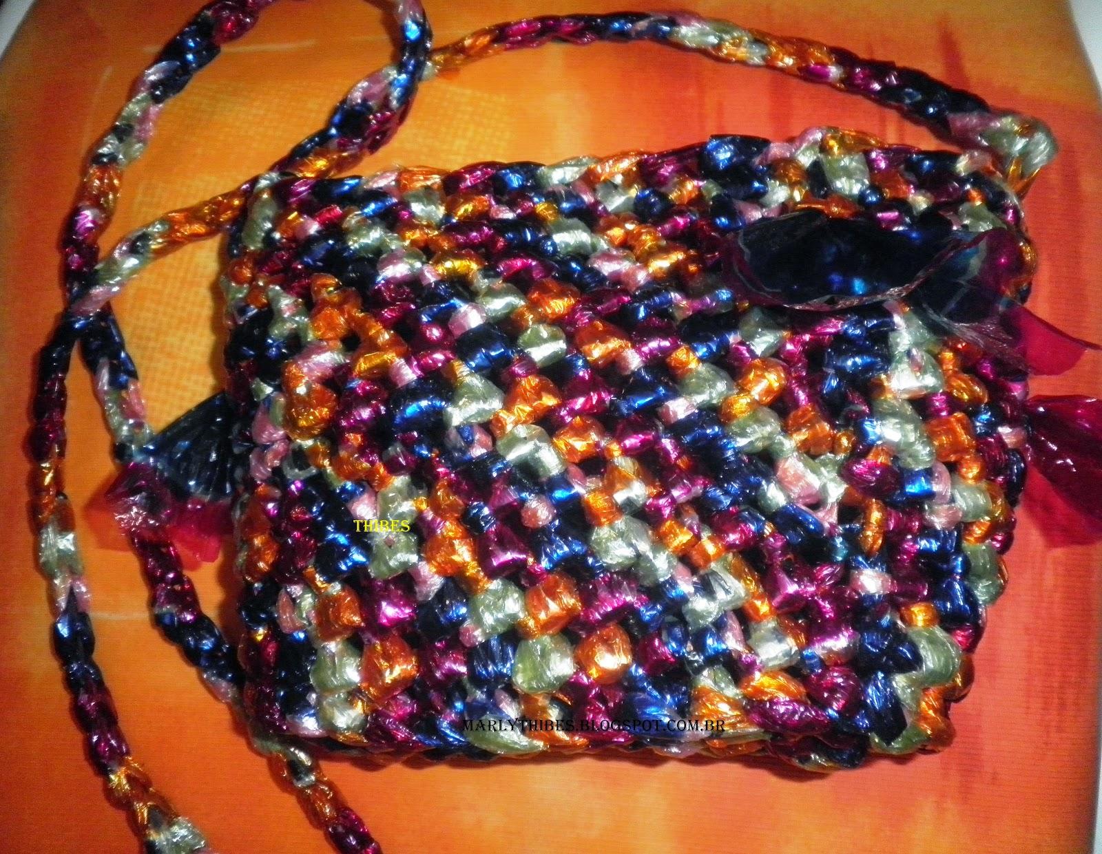 Bolsa De Mão Feita De Croche : Marly thibes bolsa de croche feita com fitas plasticas