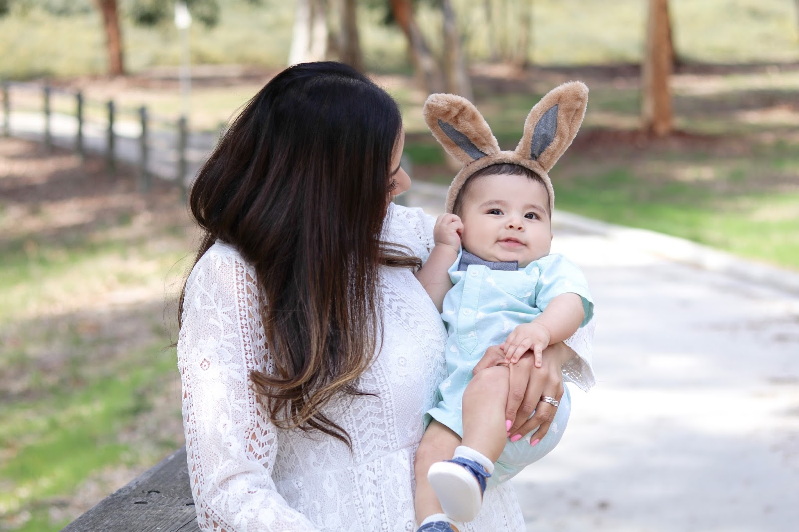 lilbitsofpau easter pic, fashion blogger on easter, baby boy easter outfit idea