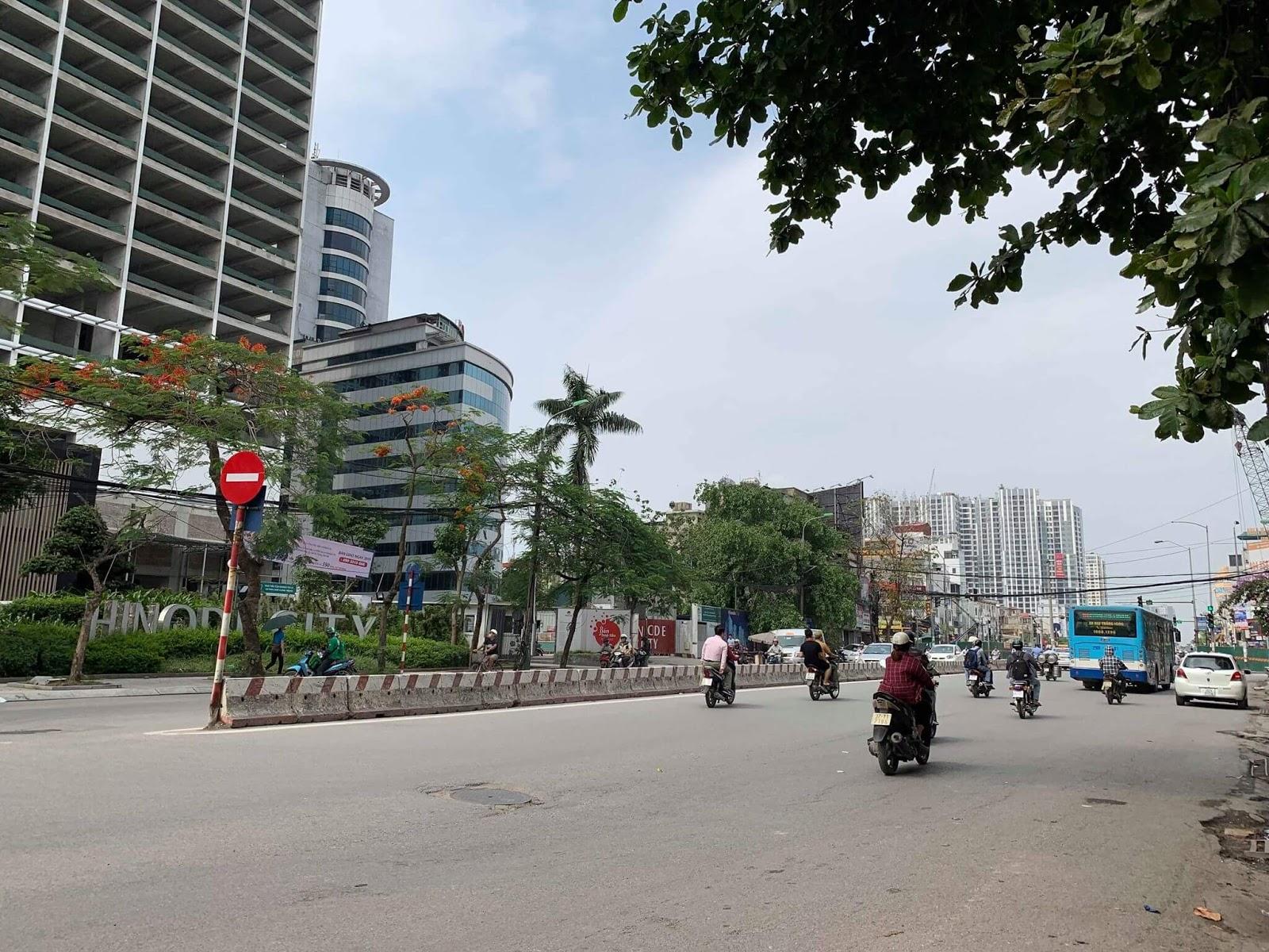 Tiến độ Hinode City nhìn từ mặt đường Minh Khai