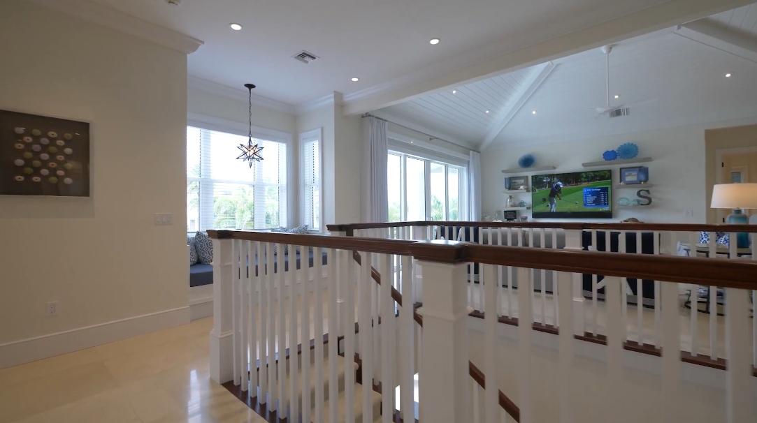 33 Photos vs. 195 Ocean Way, Vero Beach, FL Interior Design Luxury Home Tour