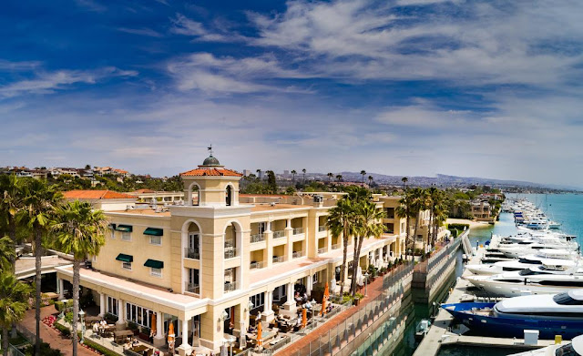 Balboa Bay Resort is a one of a kind waterfront hotel offering luxury accommodations and extraordinary service on the Newport Beach coastline.