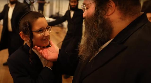 פרישע קורצע פילם: די פינאנציעלע מאטערניש פין חתונה מאכן