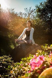 https://www.yogadeyy.com/2020/02/vipassana-yoga