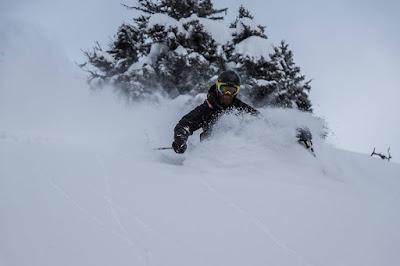 Skifahren trotz Sturmwarnung