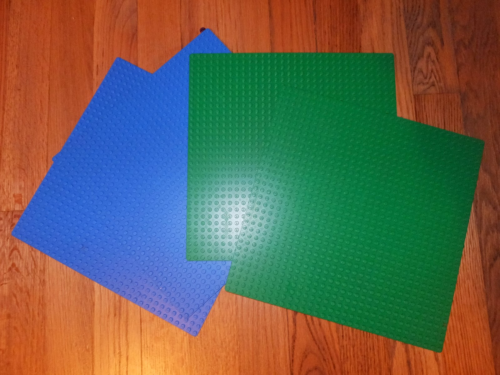 Toys R Us Lego Table And Chairs Ergonomic Chair Kneeling Kidspert Make Your Own
