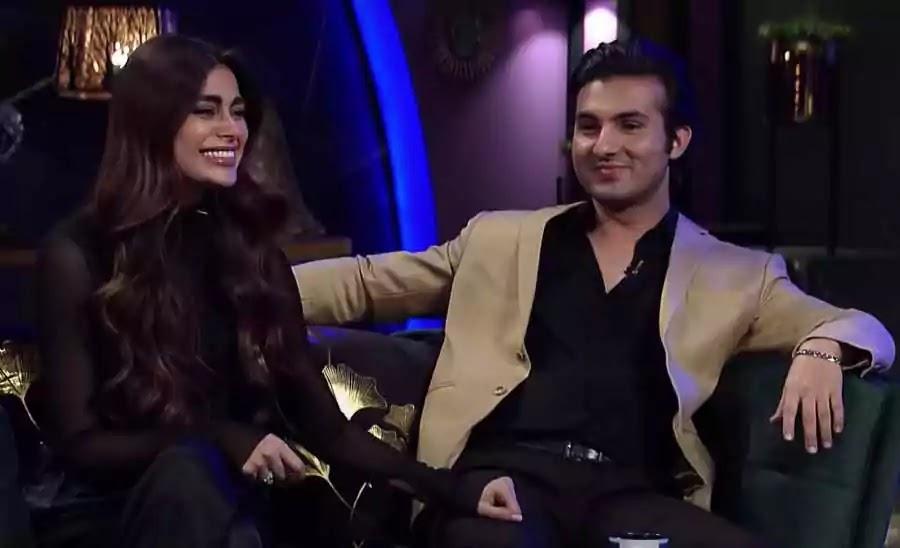 Sadaf Kanwal Looking Absolutely Gorgeous In Black Saree