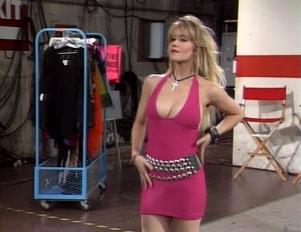 Kelly bundy hot