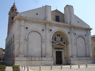 The Tempio Malatestiano, a 13th century Gothic church in Rimini, has works by Piero della Francesca and Giotto