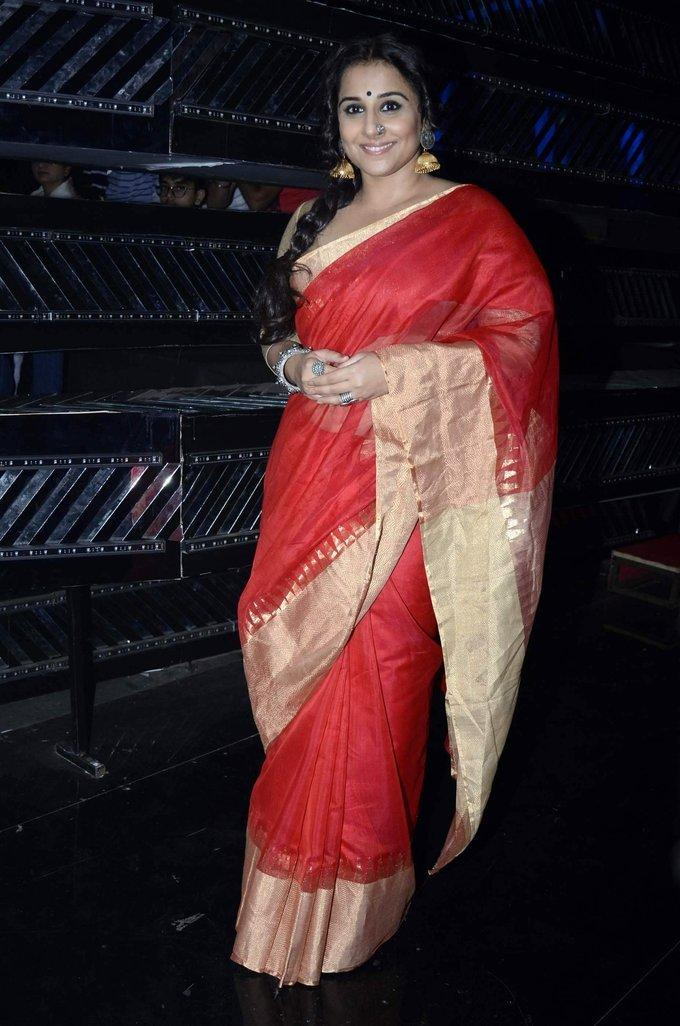 Bollywood Actress Stills In Red Saree Vidya Balan